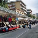 Varazze-17042010-Primo sabto di mercato in via Nocelli.2