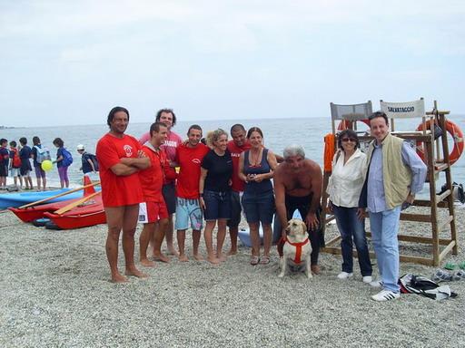 Ponente varazzino varazze dimostrazione di salvataggio in mare