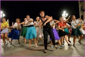 Danzastudio-Varazze-in-piazza-Bovani