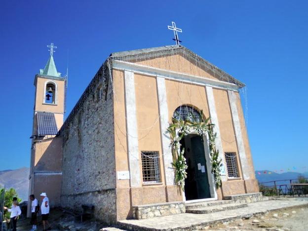 Risultati immagini per santuario della Madonna delle grazie a Montegrosso