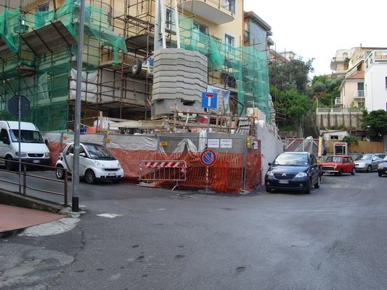Varazze - Pericoloso e difficoltoso innesto di via Corosu con via Sardi