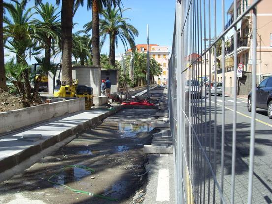 Passeggiata di Ponente parcheggio in linea lato Aurelia-1.JPG